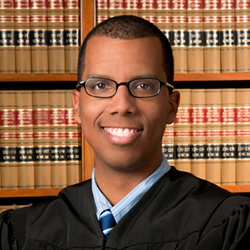 Photo of Judge Garrett